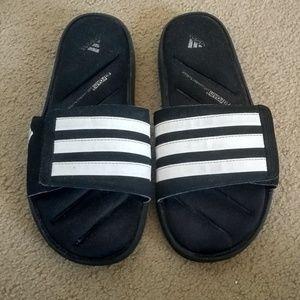 adidas cushioned slides